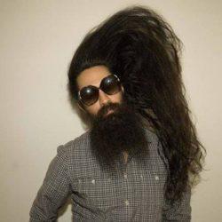 vende i capelli per 1000 dollari
