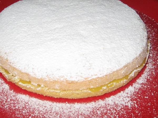 Cocaina nascosta in dispensa, la nonna fa una torta!