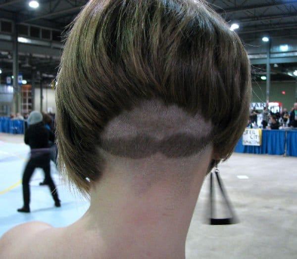 Immagini divertenti di tagli di capelli