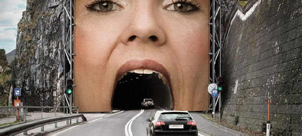 segnali stradali divertenti